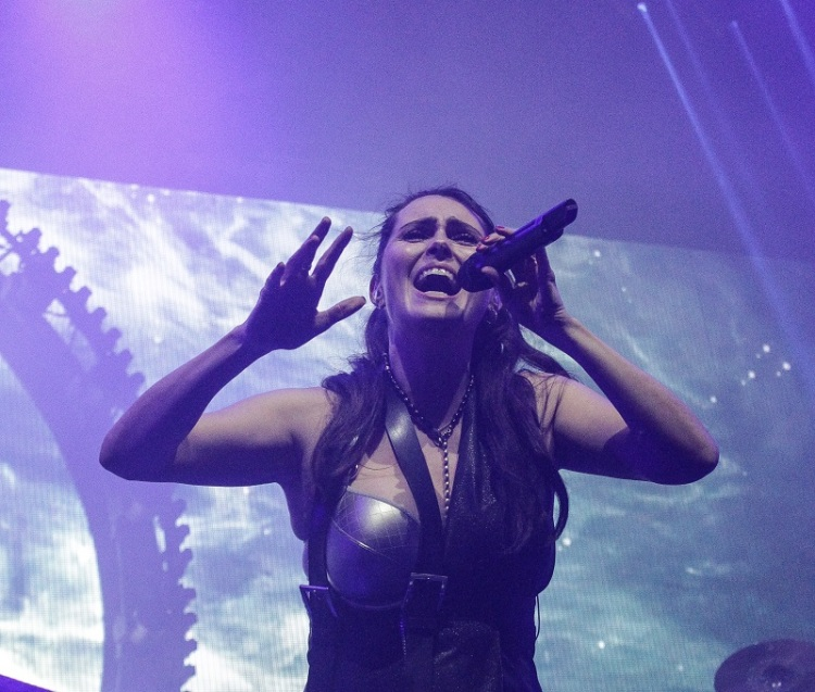 WithinTemptation_SharonDenAdel26