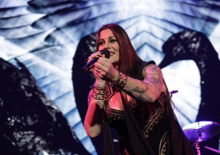 Nightwish_FloorJansen8_Budapest_Decades